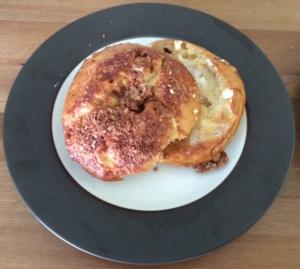 cinnamon crunch bagel
